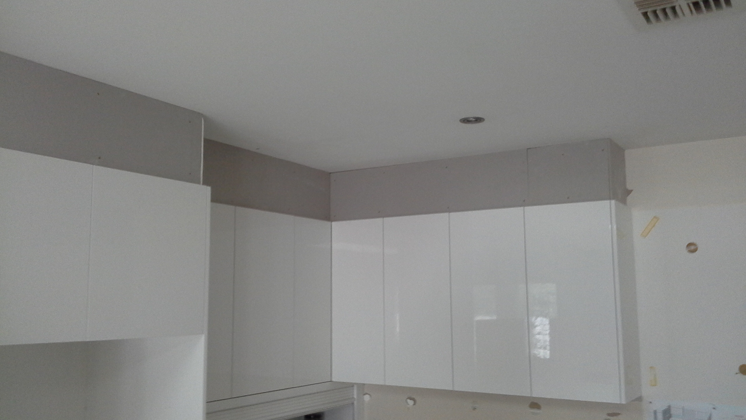 Finishing A New Kitchen With Square Set Small Jobs